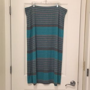Gray and Green Maxi Skirt